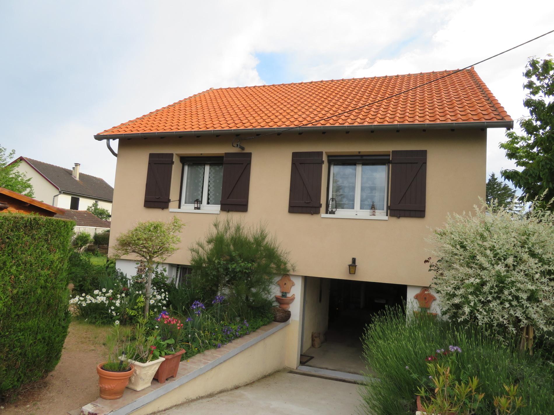 Villa 4 pièces avec jardin, proche Vichy