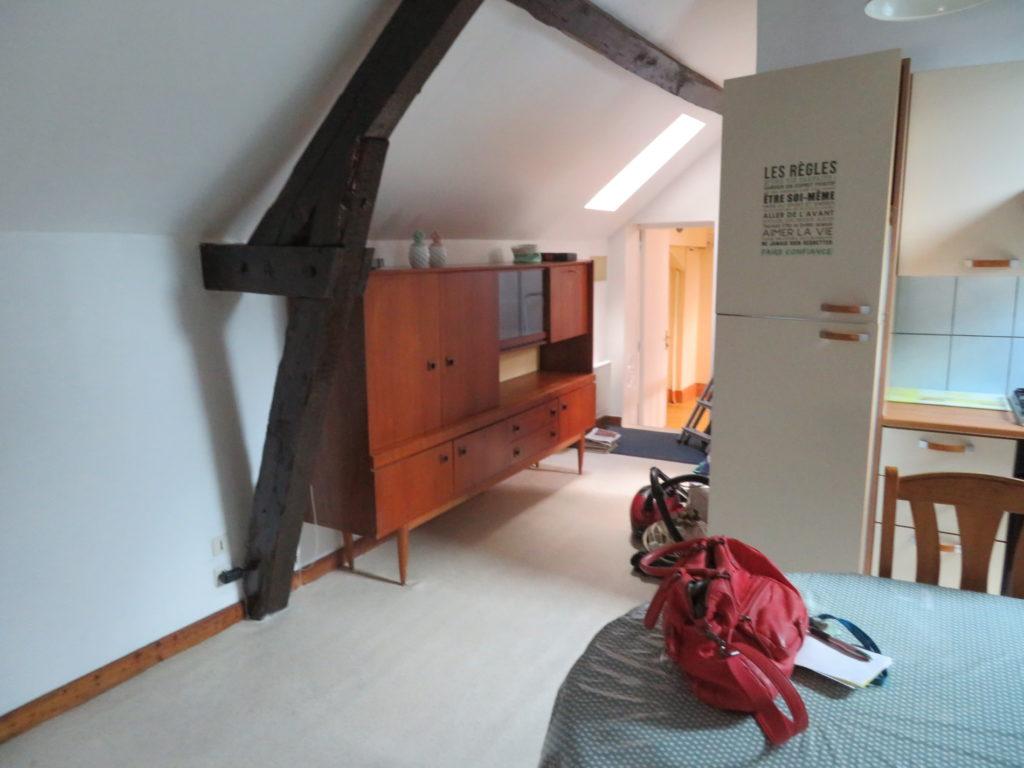 Studio meublé à Vichy - A vendre